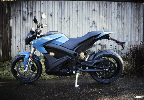 Do Electric Motorcycles Require a Licence?